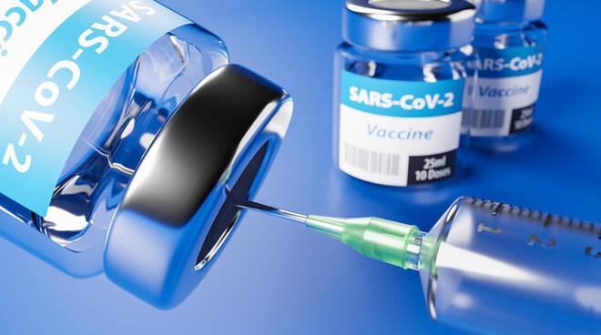 https://www.danielarondinelli.it/wp-content/uploads/2021/03/vaccino-covid-10.jpg